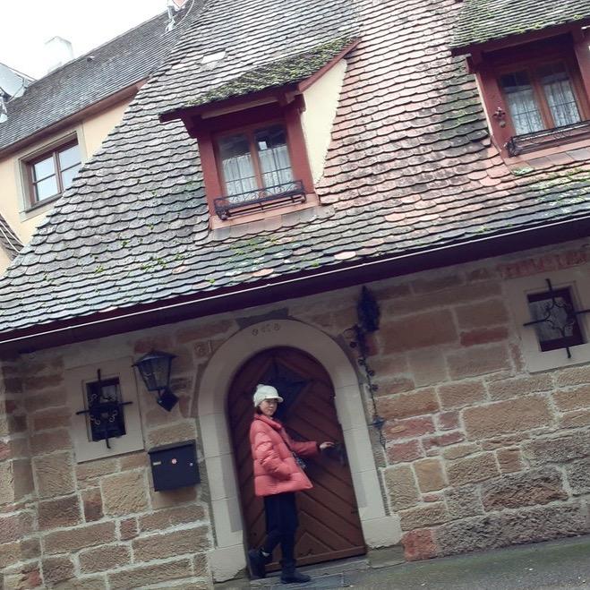 ドイツの家の前